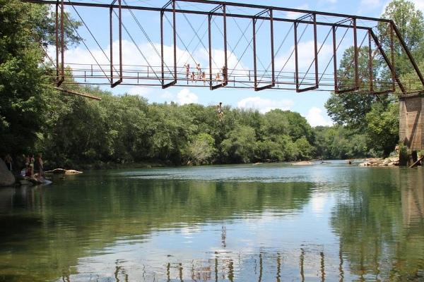 Settles_Bridge_Jump